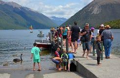 Povos no feriado no lago Rotoiti no distrito Z novo de Nelson Lakes Foto de Stock
