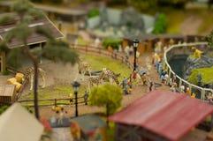 Povos no jardim zoológico Foto de Stock Royalty Free