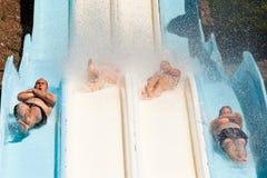 Povos no parque da água fotografia de stock royalty free