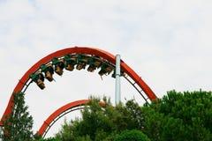 Povos no roller coaster Imagem de Stock Royalty Free