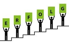 Povos no verde do pictograma das escadas do sucesso ilustração stock