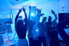Povos que apreciam a festa em casa Foto de Stock