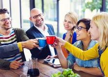 Povos que comemoram Bbusiness Start-Up novo Fotografia de Stock Royalty Free