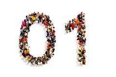 Povos que formam a forma como um 3d símbolo do número zero (0) e um (1) em um fundo branco Foto de Stock Royalty Free