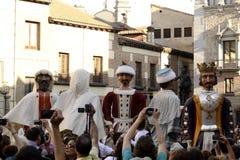 Povos que tomam imagens dos gigantes e das cabeças grandes, Madri Fotos de Stock