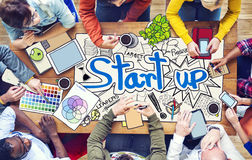 Povos que trabalham com ilustrações da foto do negócio Startup imagem de stock royalty free