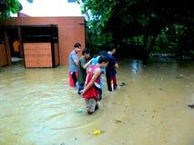 Powódź powodować tajfunem Mario w Filipiny na Wrześniu 19, 2014 (zawody międzynarodowi imię Fung Wong) Obraz Stock