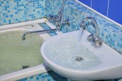 Powódź w łazience obraz stock