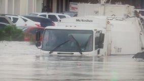 Powódź zwycięża ciężarówkę obrazy royalty free