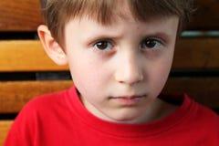 Poważna chłopiec Zdjęcia Royalty Free