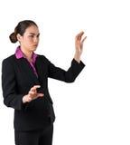 Poważny bizneswoman gestykuluje z rękami w kostiumu Zdjęcie Royalty Free