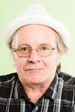 Poważnego mężczyzna portreta definici zieleni wysokiego backgroun istni ludzie Zdjęcia Royalty Free