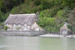 Powabna chałupa wzdłuż Rzecznej strzałki Dittisham Devon UK Zdjęcie Stock