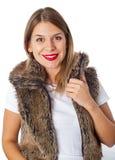 Powabna dama z czerwonymi wargami i futerkową kamizelką Fotografia Royalty Free