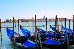 Powabne gondole w Wenecja Obraz Stock