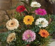 Powabny bukiet piękni kolorowi kwiaty Zdjęcie Royalty Free