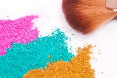 Powdery eyeshadow makeup and brush Stock Photography