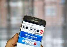 Powerball no telefone celular Fotografia de Stock