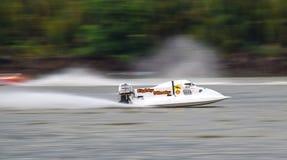 Powerboat i handling Arkivfoto
