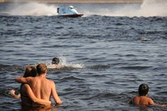 Powerboat Prix magnífico que compite con de la fórmula 1 de Rusia fotos de archivo