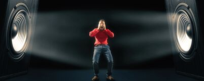 Free Powerful Sound Waves And Screaming Man. Royalty Free Stock Photos - 175307668