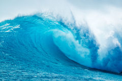 Powerfull Blue Ocean Wave. Beautiful Blue Ocean Wave in Hawaii Royalty Free Stock Photography