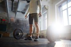 Powerlifting в спортзале Стоковое фото RF
