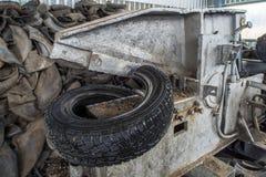 Powie dla pyrolysis, przerobu i usuwania stare opony, Przemysłowa fotografia Zdjęcia Royalty Free