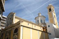 Powierzchowność kościół i dzwonnica w Savona, Liguria, Włochy Fotografia Stock