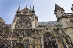 Powierzchowność Notre Damae Katedralny Boczny widok fotografia stock