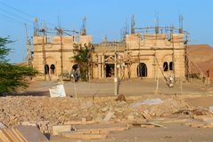 Powierzchowność prawie uzupełniający świątynny budynek w Wielkim Który dezerteruje w Jamba, India fotografia royalty free