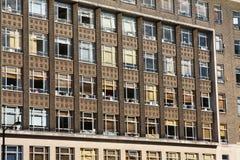 Powierzchowność stary ceglany budynek biurowy Zdjęcie Royalty Free