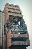Powierzchowność strzał poprzedni Jugosłowiański ministerstwo obrony bombardujący na 7th Maju 1999 podczas operaci Sprzymierzał si Fotografia Royalty Free