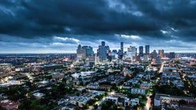 Powietrzna fotografia Houston miasto i pogoda przed burzą Obrazy Royalty Free