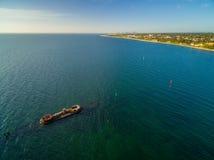 Powietrzna panorama historyczny shipwreck HMVS Cerberus przy zmierzchem Obraz Stock