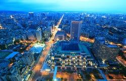 Powietrzna panorama ruchliwie Taipei miasto | Fotografia Stock