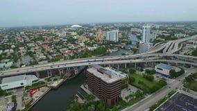 Powietrzna wideo Miami rzeka i I95 zbiory