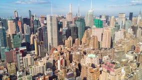powietrznego miasta Manhattan nowy usa widok York Drapacze chmur wokoło Słoneczny dzień, powietrzny timelapse dronelapse zbiory