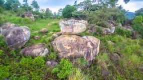 powietrznej fotografii naturalna kamienna rzeźba przy Mo Hin Khao Zdjęcia Royalty Free