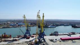 Powietrzny ładowanie zbiorniki żurawiem, handlu port, wysyłka Żurawie dla ładować, rozładowywać i sortować zbiorniki, zbiory