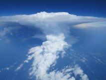 Powietrzny cloudscape chmura, cumulonimbus i niebieskie niebo burzy. Obraz Royalty Free