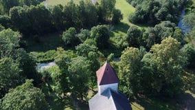 Powietrzny Dron strzał Cirava Luterański kościół Aizpute i rezydencja ziemska kasztel zbiory