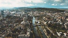 Powietrzny hyperlapse Kreis 5 i Wipkingen okręgi w Zurich, Szwajcaria zbiory