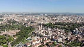 Powietrzny latanie truteń nad Colosseum w Rzym, Włochy Kolosseum, Flavian Colosseo lub Amphitheatre owalu amphitheatre lub zbiory