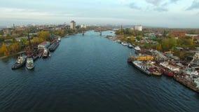 Powietrzny materiał filmowy Samara miasta doki zbiory
