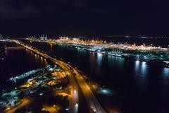 Powietrzny noc wizerunku port Miami zdjęcia stock
