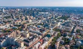 Powietrzny odgórny widok Kijowska miasto linia horyzontu od above, Kyiv centrum w centrum pejzaż miejski, Ukraina zdjęcia stock