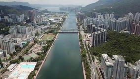 Powietrzny panarama widok na Shatin, Tai Blady, Shing Mun rzeka w Hong Kong zdjęcie wideo