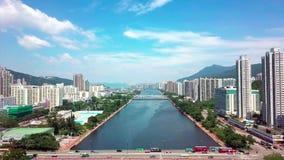 Powietrzny panarama widok na Shatin, Tai Wai, Shing Mun rzeka Przed tajfunem Mangkhut przychodzący Hong Kong zdjęcie wideo