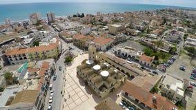 Powietrzny panoramiczny widok Larnaka miasto, Cypr od quadrocopter kamery zbiory